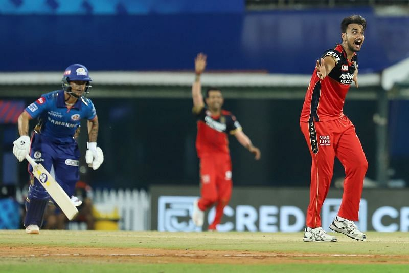 HOWZAT! Harshal Patel caught while appealing to the umpire for an lbw against Kishan (IPLT20.com)