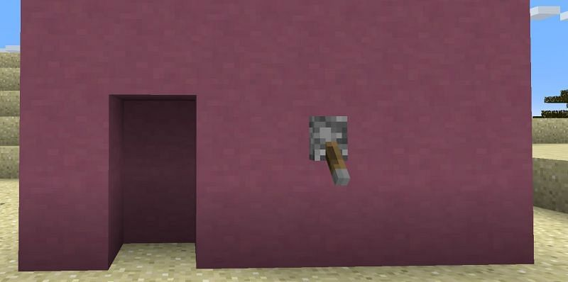Making hidden doors in Minecraft is easy, and relatively cheap