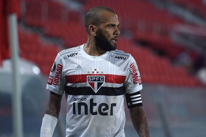 Dani Alves in Sao Paulo colours