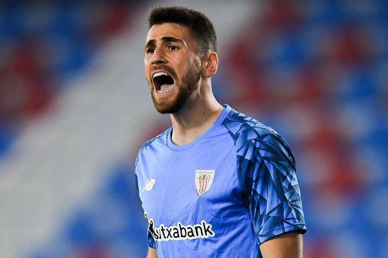 Unai Simon in action for Athletic Bilbao