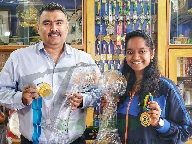 Elavenil with her mentor Olympian Gagan Narang (Source: Elavenil
