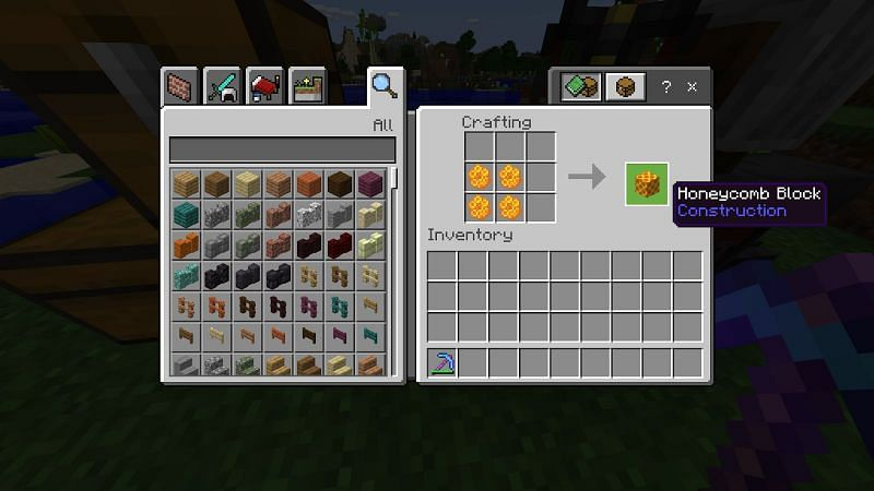 What do you do with Honeycomb in Minecraft