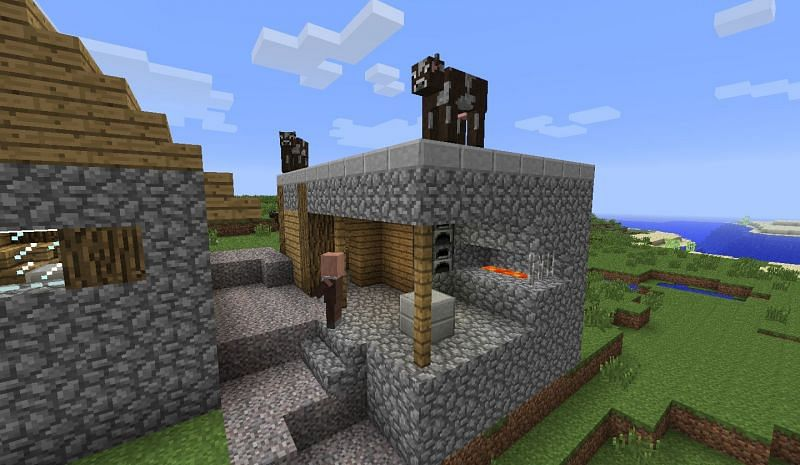 Blacksmith House (Image via Minecraft forum)
