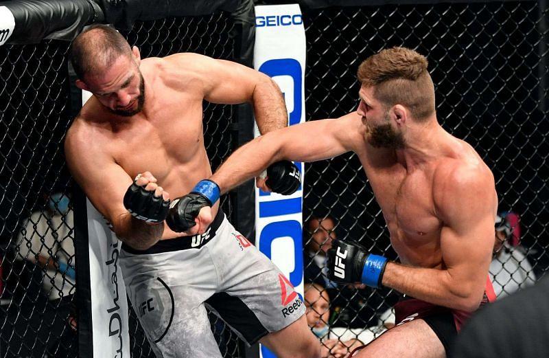 Jiri Prochazka KOs Volkan Oezdemir at UFC 251
