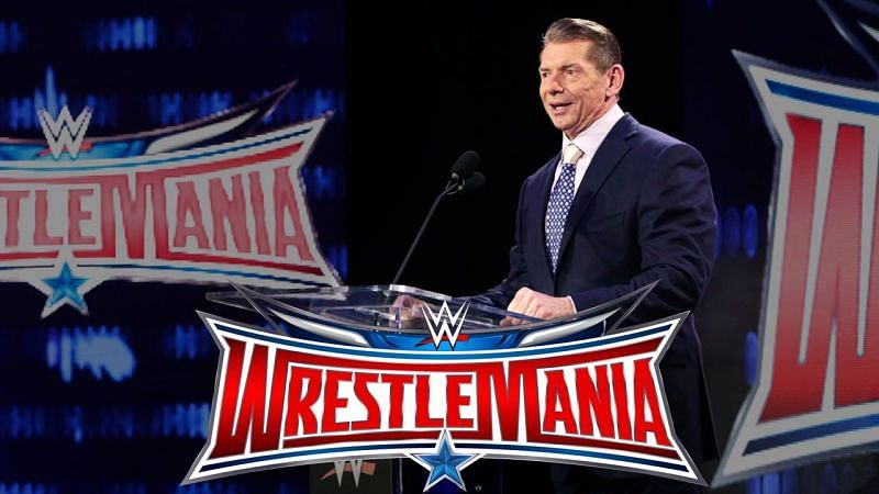 WrestleMania 32 was held in front of over 100,000 fans in Dallas, Texas.
