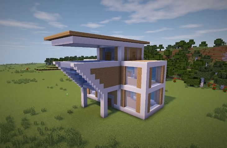 The next step for players is to fill in the mansion with tinted windows (Image via YT, Greg Builds)