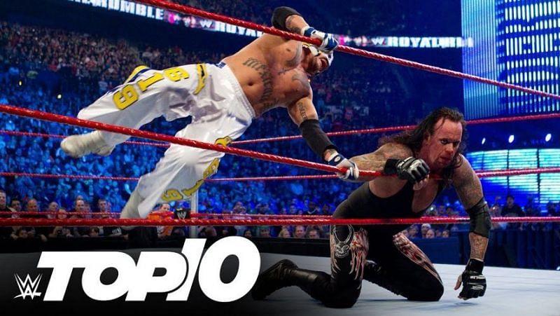 WWE सुपरस्टार रे मिस्टीरियो और लैजेंड द अंडरटेकर