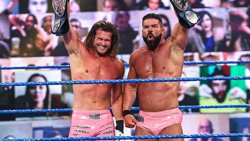 The Dirty Dawgs steal a win to retain the WWE SmackDown Tag Team Championships