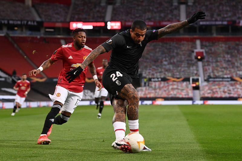 Manchester United defeated Granada 2-0