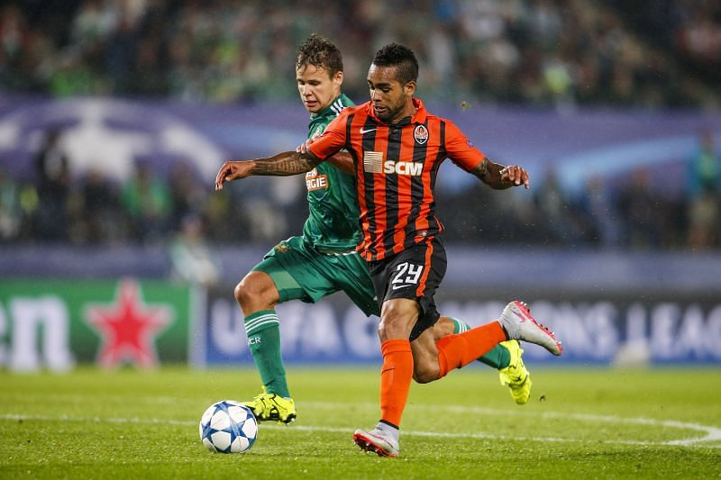 Teixeira was last playing for Shakhtar Donetsk before leaving for China. (Photo by Christian Hofer/Getty Images)