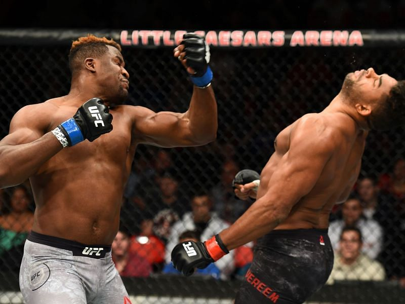 Francis Ngannou knocks out Alistair Overeem with an uppercut (Photo Credit: JOSH HEDGES / Zuffa LLC / Getty Images)
