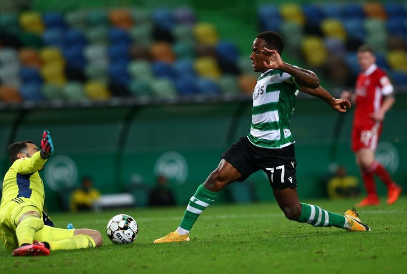 Jovan Cabral could lead the line for Sporting Lisbon against Rio Ave
