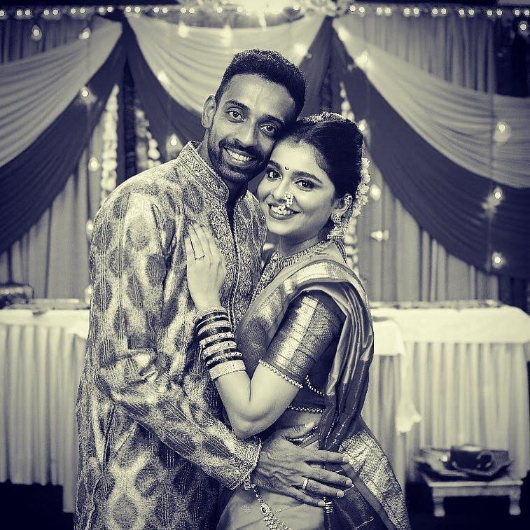 Dhawal Kulkarni's Wedding Pics