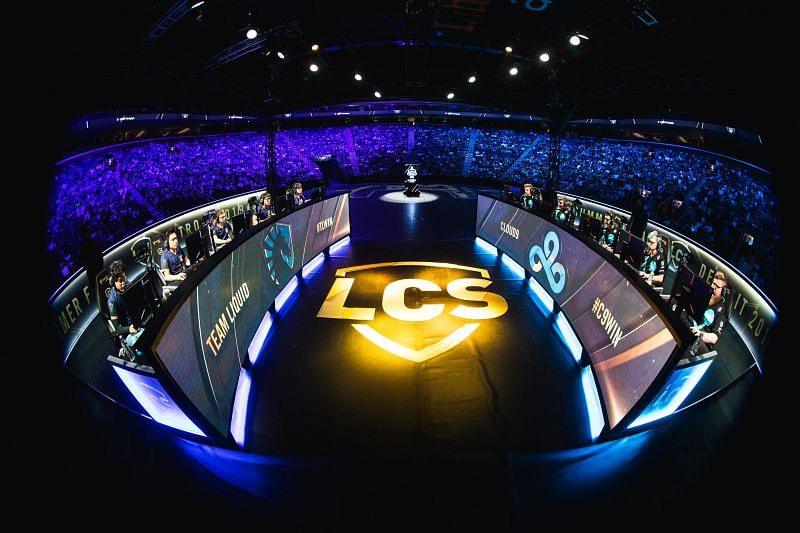 Mobalytics has partnered with the League of Legends LCS (Image via LCS)