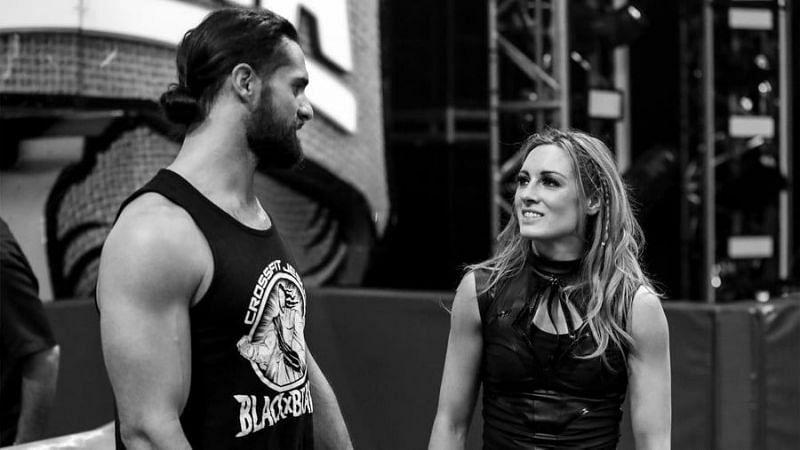 WWE सुपरस्टार सैथ रॉलिंस एवं बैकी लिंच