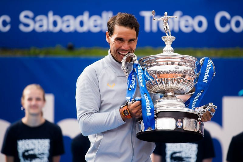 Rafael Nadal with his 2018 Barcelona Open title