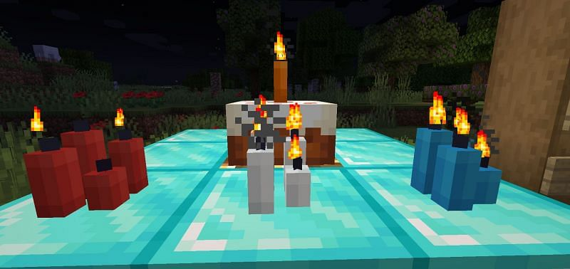 Shown: A plethora of candles in Minecraft (Image via Minecraft)