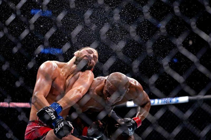 Kamaru Usman vs. Jorge Masvidal at UFC 261 (Photo Credit: JASEN VINLOVE / USA TODAY Sports)