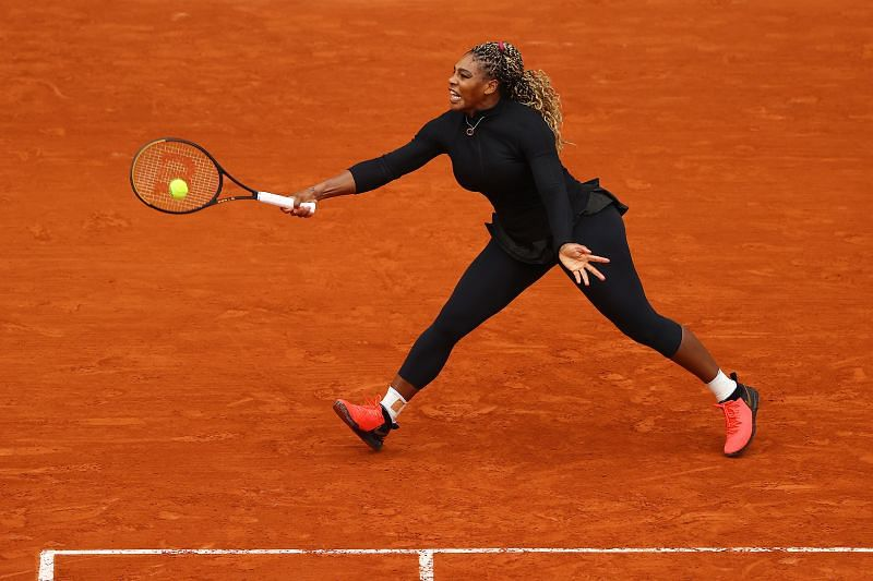 Serena Williams retrieves a ball at the 2020 French Open