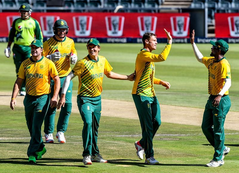South Africa bounced back after the close defeat in the first T20I