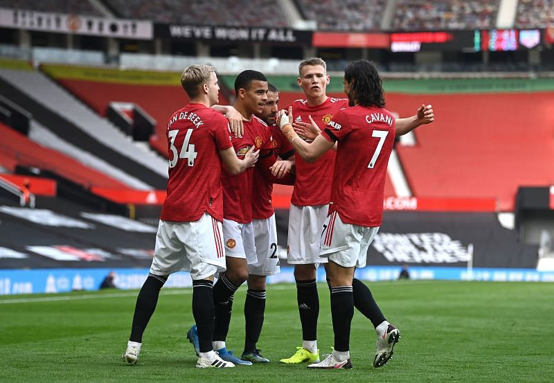 Manchester United secured a comfortable 3-1 win over Burnley at Old Trafford on Sunday.