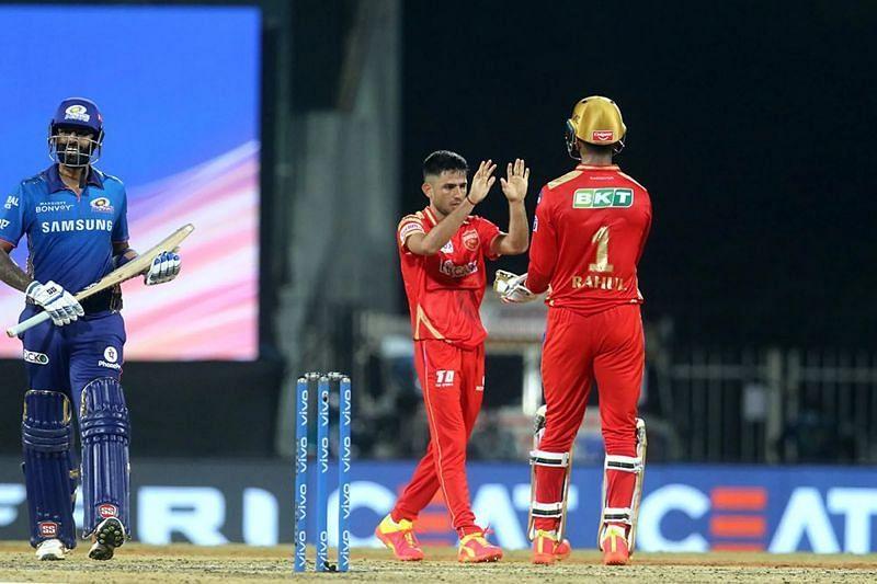 Ravi Bishnoi celebrates the wicket of Suryakumar Yadav. Pic: IPLT20.COM