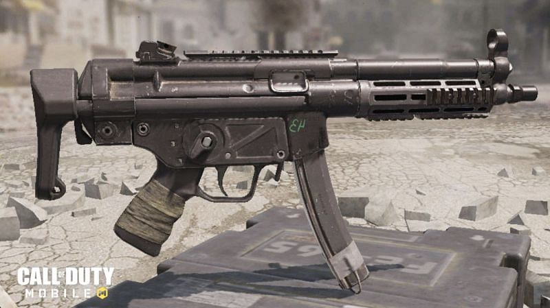 The QQ9 is quite the trendy weapon in COD Mobile (Image via Activision)