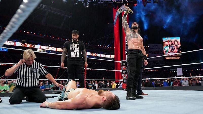 Roman Reigns is a top heel on WWE SmackDown