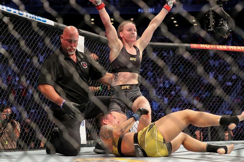 Valentina Shevchenko scored a punishing TKO of Jessica Andrade