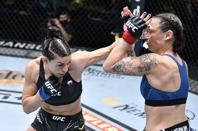 Mackenzie Dern could be seen as a more deserving title contender than Joanna Jedrzejczyk.