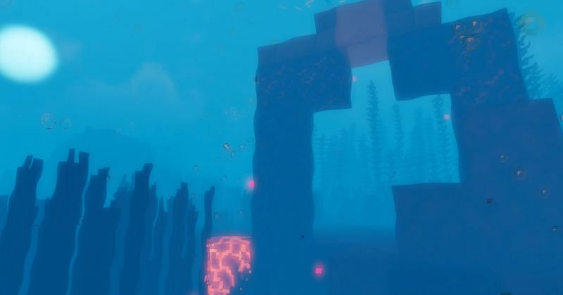 An underwater Ruined Portal, where God Apples can be found (Image via Minecraft)