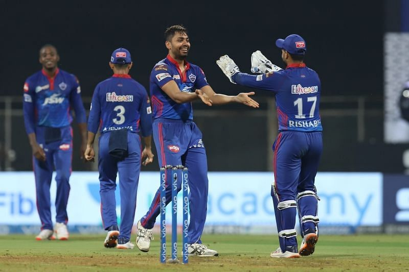 IPL 2021: Spending time with the Indian team has helped Avesh Khan: DC  coach Ricky Ponting