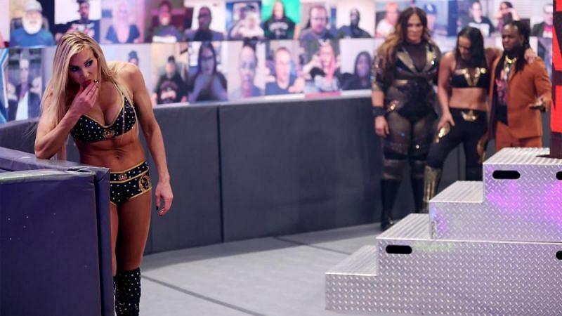 Charlotte Flair debería estar involucrada en más disputas antes de recuperar el campeonato