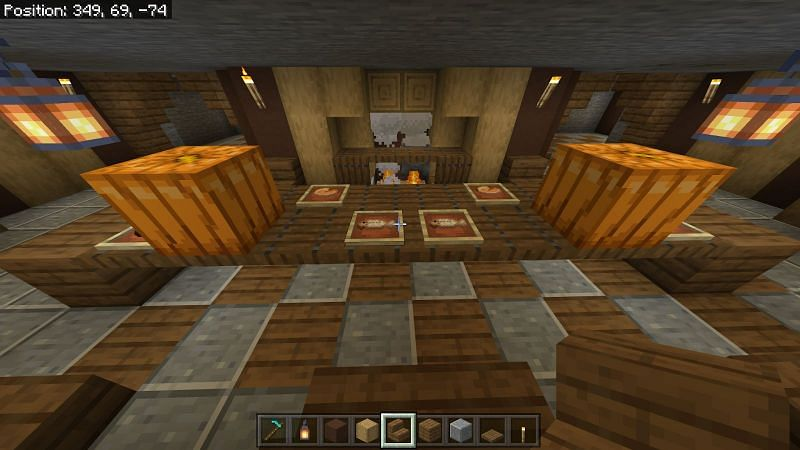 Placing furniture in the hobbit Hole Minecraft