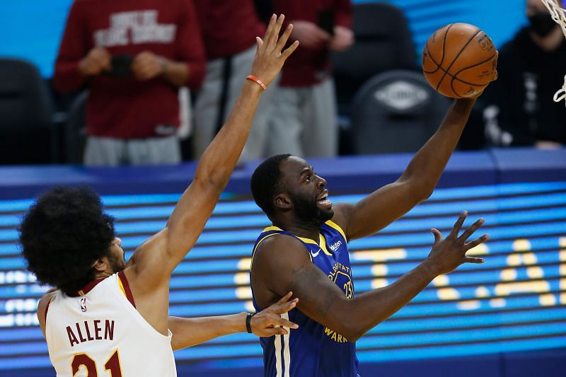 Draymond Green #23 of the Golden State Warriors goes to the basket.