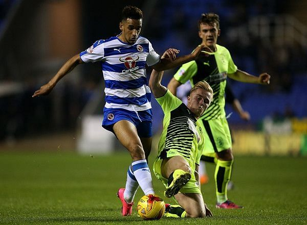 Reading are looking to record their first league double over Huddersfield since 2001/02 season