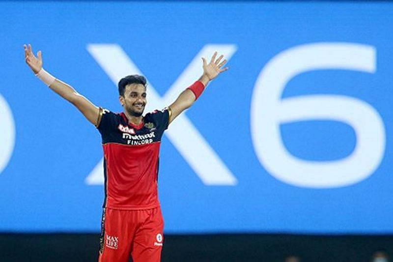Harshal Patel scalped five wickets for RCB against MI [P/C: iplt20.com]