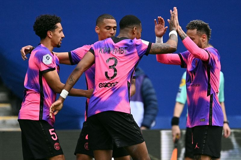 Paris Saint Germain reclaimed the top spot in Ligue 1 with a 2-1 win over Lens