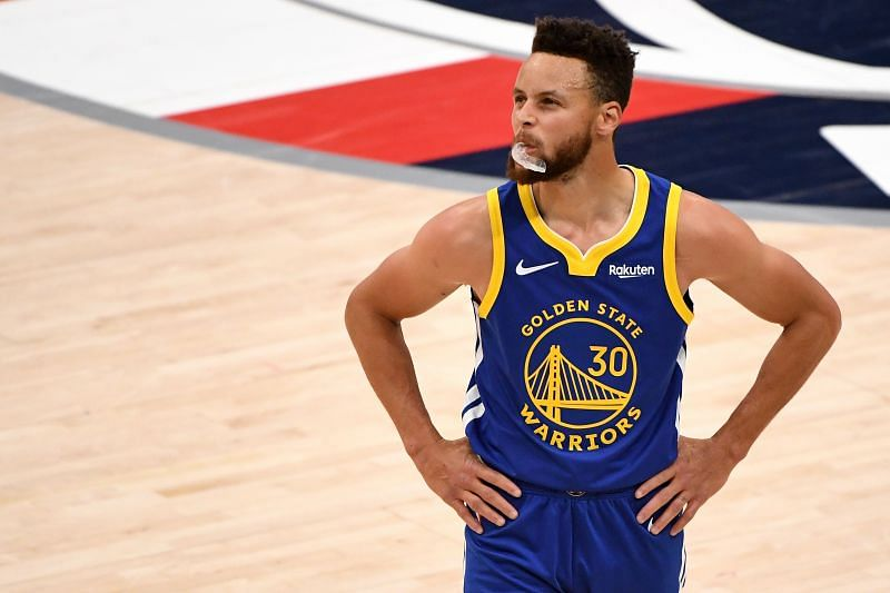 Stephen Curry of the Golden State Warriors will take on Zion Williamson for the first time on Monday