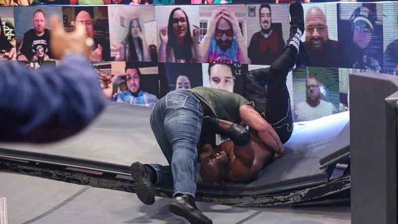 Braun Strowman merece tener en sus manos el título