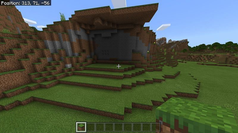 Terraforming land to build a hobbit hole Minecraft