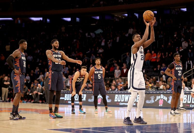 The Memphis Grizzlies and the New York Knicks will face off at the FedExForum on Monday night