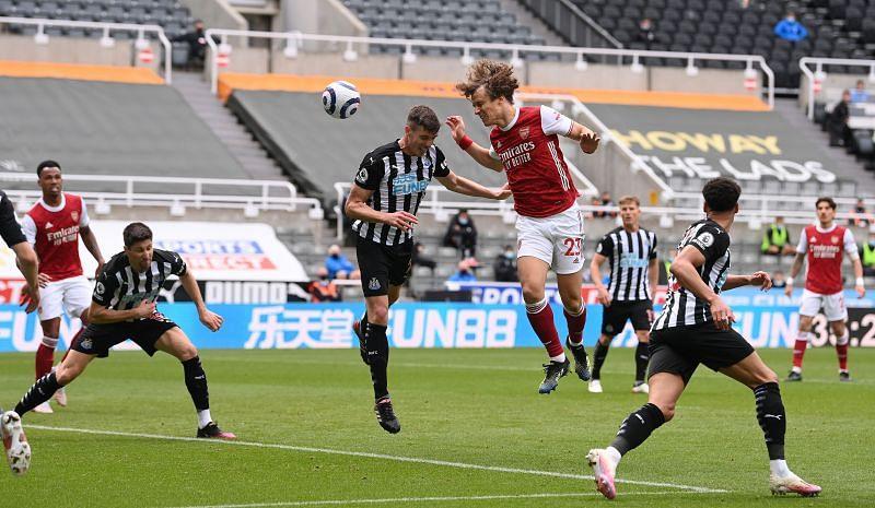 Arsenal defeated Newcastle United 2-0