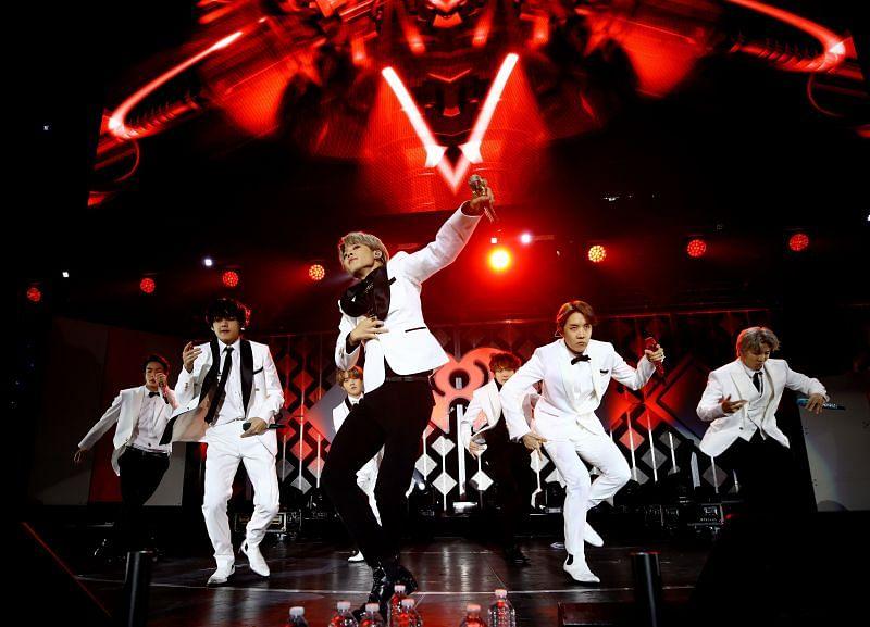 BTS performs at the 102.7 KIIS FM Jingle Ball (Image via Getty)