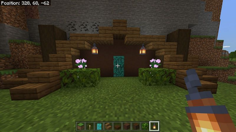 Decorating the hobbit hole in Minecraft