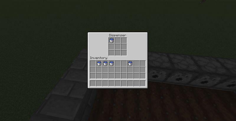 Put water bucket (Image via Minecraft)