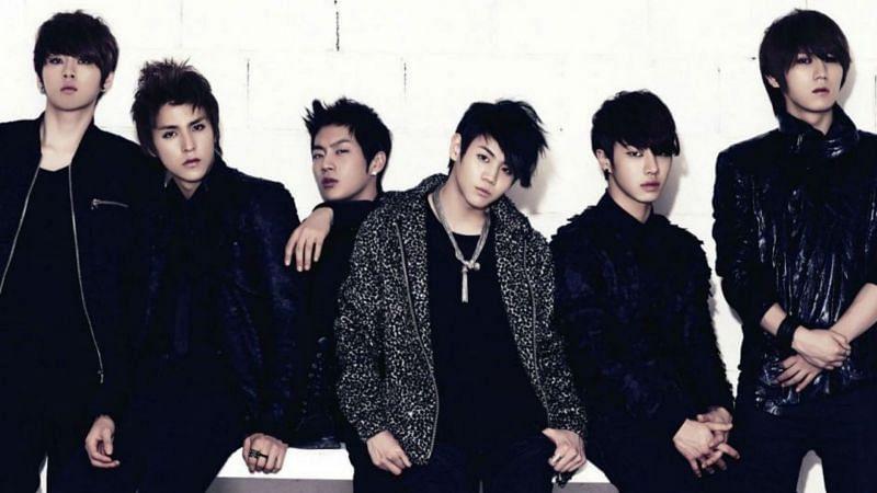 Second generation K-Pop idols BEAST with all six original members (Image via Cube Entertainment)