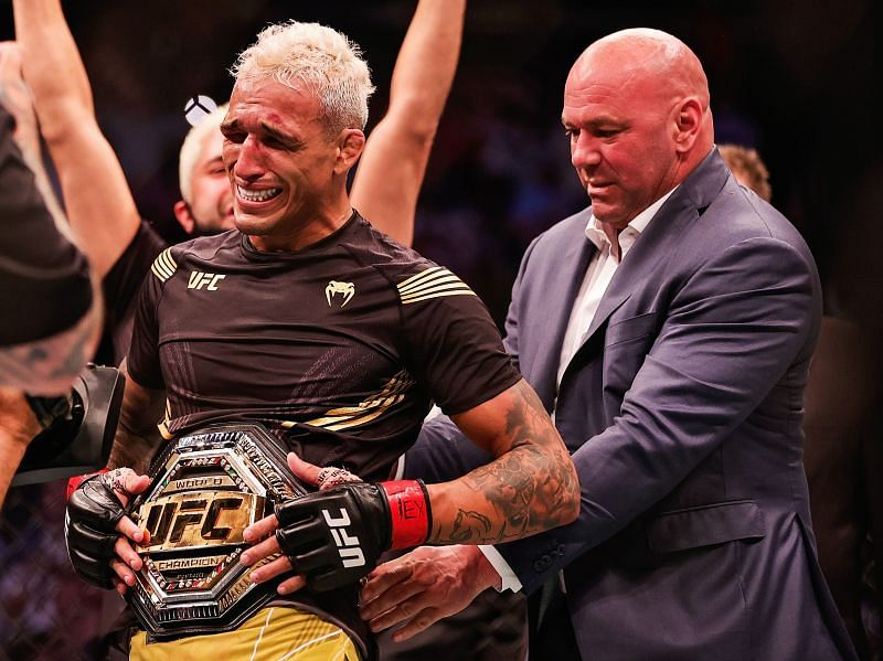 Charles Oliveira became the undisputed lightweight champion at UFC 262