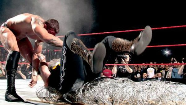 Randy Orton defeated Mick Foley in a Hardcore match before HUSTLE-3