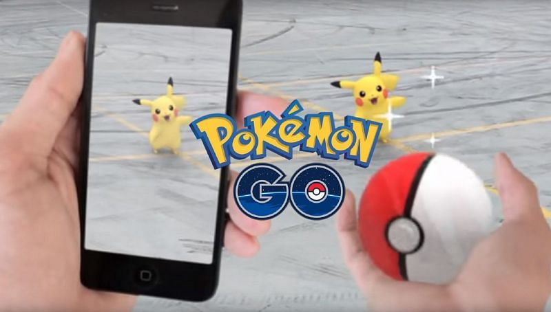 Pokemon GO: What does throwing a Curveball do?